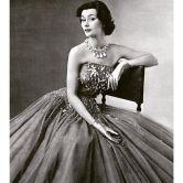 gown-by-jean-patou-lofficiel-april-1952