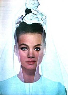 robe-de-mariee-jean-patou-photographed-by-lionel-kazan-marie-claire-france-april-1966