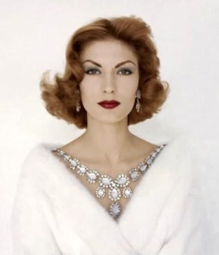 Model Mary McLaughlin – 1954
