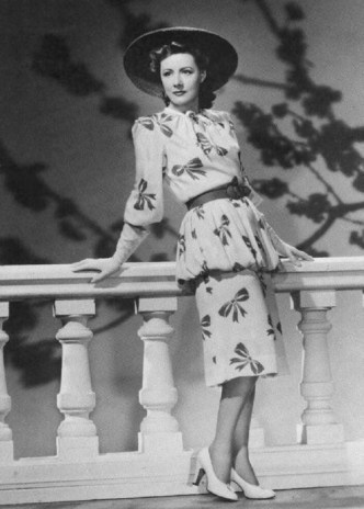 """Irene Dunne in """"Unfinished business"""""""