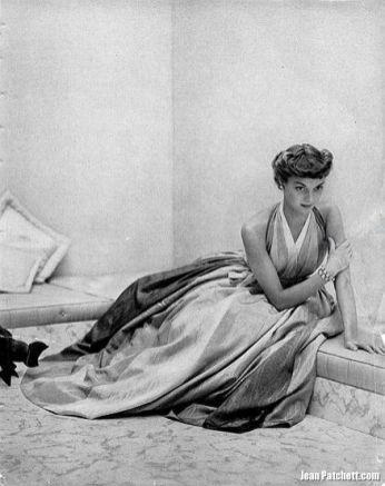 Jean Patchett, photo by John Rawlings, Vogue, 1948