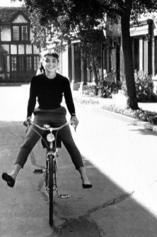 Audrey Hepburn on the set of the film 'Sabrina', 1953, photo by Mark Shaw