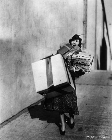 1939 Christmas shopping