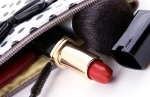 Make-up Emergency Kit