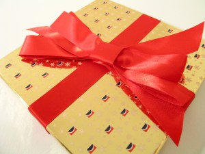 Patterned paper with solid ribbon