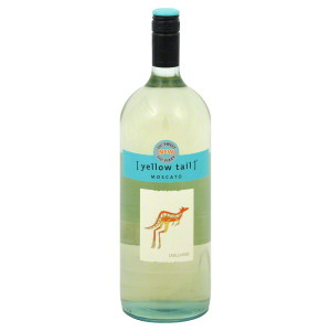 yellow tail wine bottle