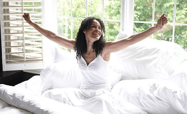 8 Simple Tricks to Get Out of Bed in the Morning