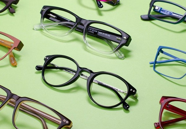 Top 7 Reasons to Get Your Glasses Online