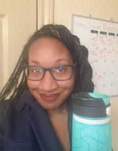 I'm ready for a day at work with my contigo mug