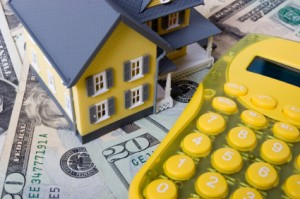 Borrowing Money? Then You Need To Understand Interest Rates (Video)