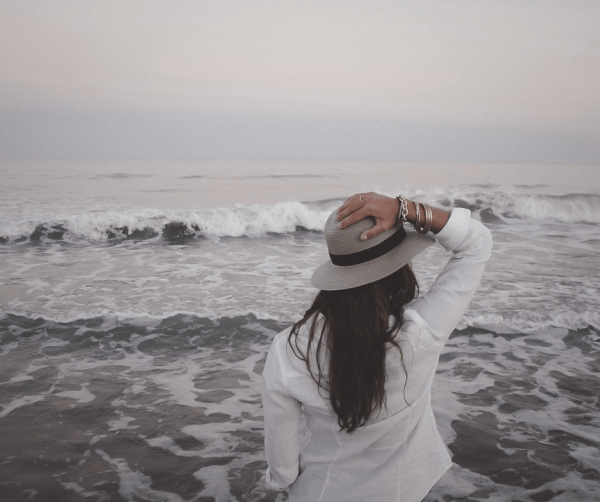 11 Surprising Benefits to Traveling Alone