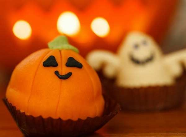Halloween Party: How to Plan Your First One