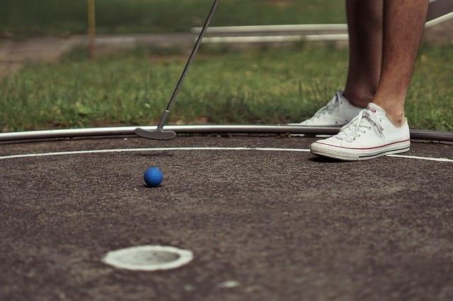 miniature-golf-3536038_640