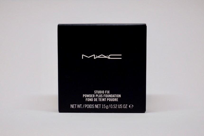 MAC Powder Studio Fix Kartonverpackung