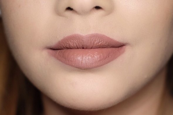 Kat von D - Everlasting Liquid Lipsticks: Lolita Lips