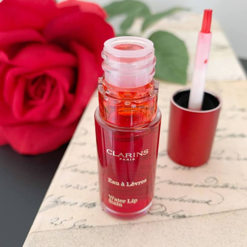 Clarins Water Lip Stain Red Water Titelbild