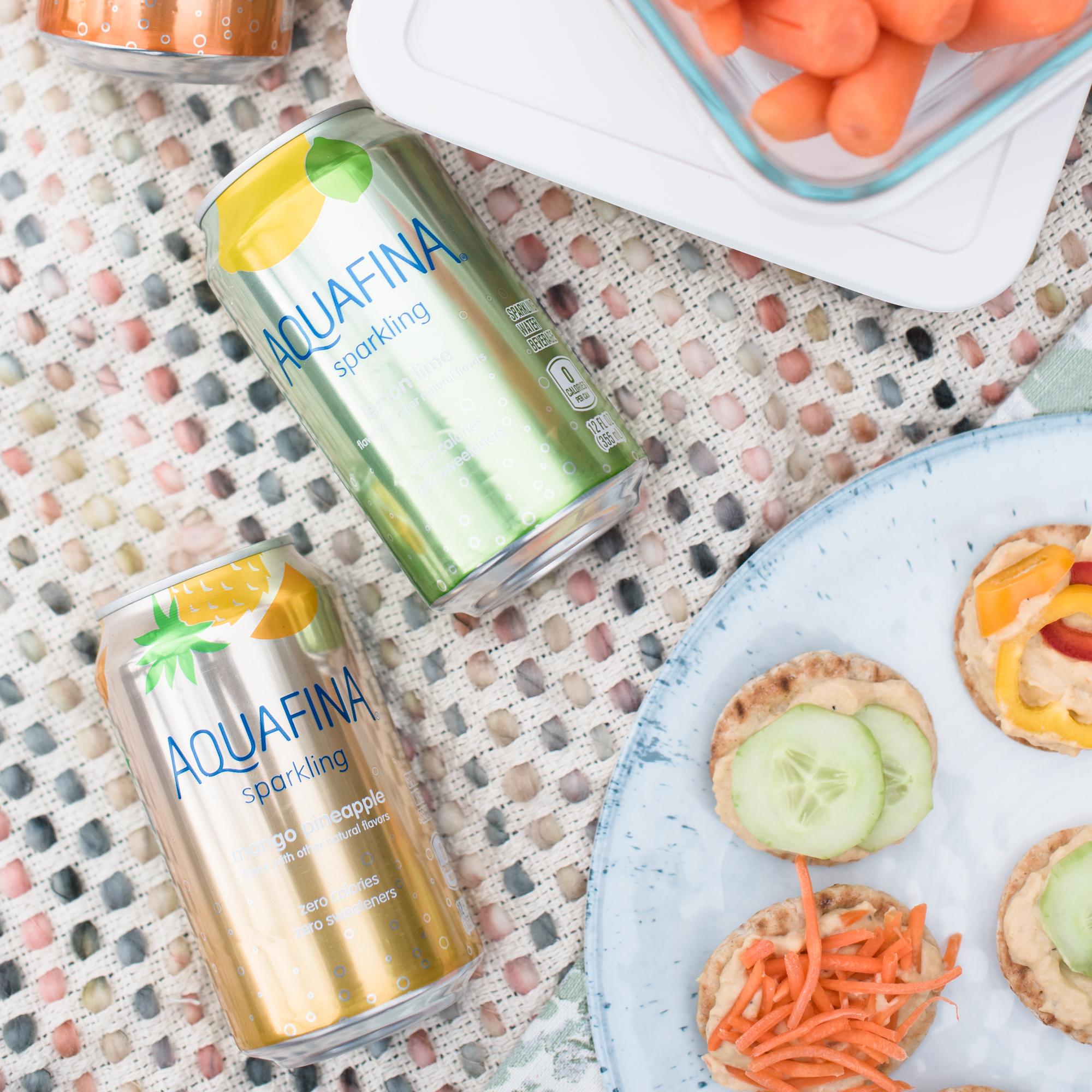 Aquafina Sparkling Water and Healthy Hummus & Veggie Pitas via @missmollymoon