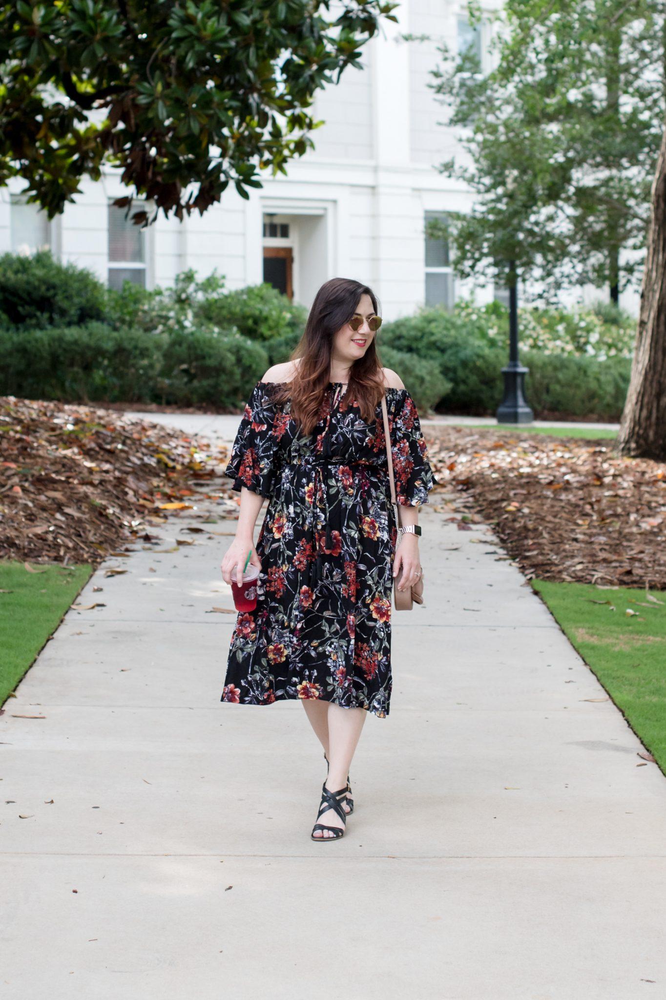 A Flirty Floral Dress via @missmollymoon