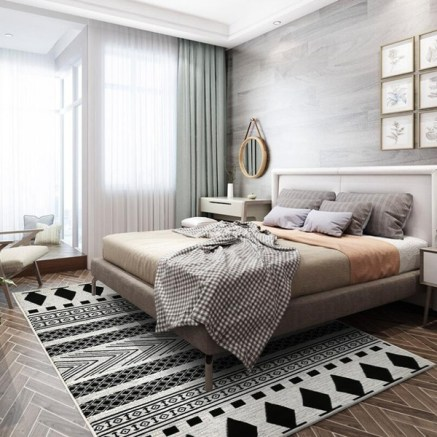 Choose carefully the rugs to create a grand interior design
