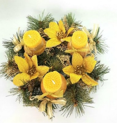 Christmas flowers and pine cones wreath with 3 natural beeswax candles