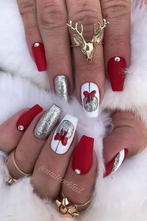 Cute christmas nails design