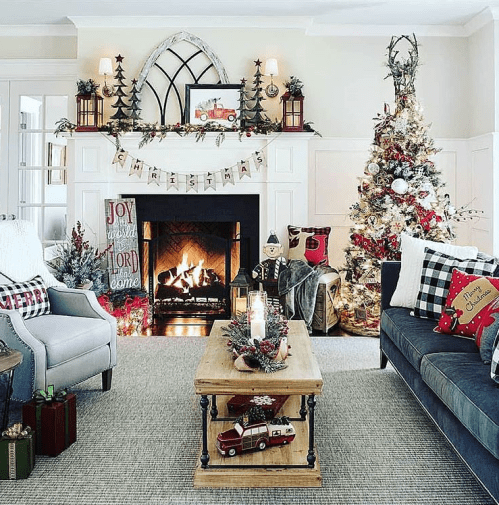 All white Farmhouse Christmas decoration idea. Farmhouse Christmas living room