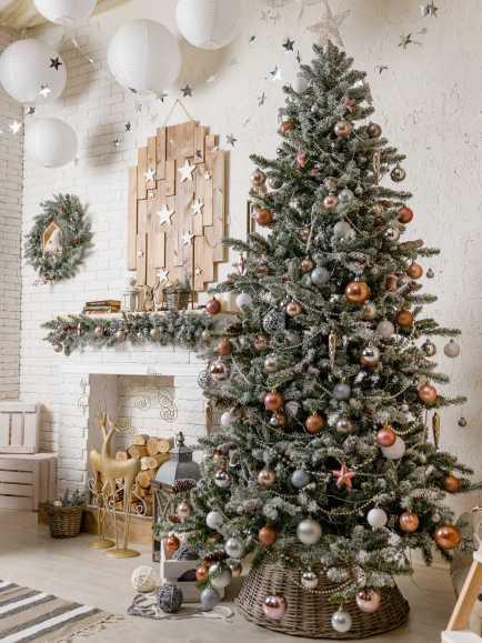 Flocked Scandi Christmas tree decor