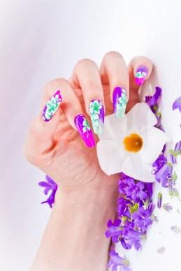 Floral long acrylic nails design
