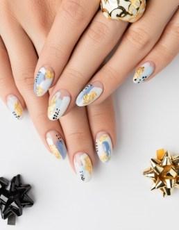 Glamorous summer nails design