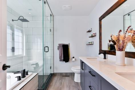 Modern Mid-century master bathroom
