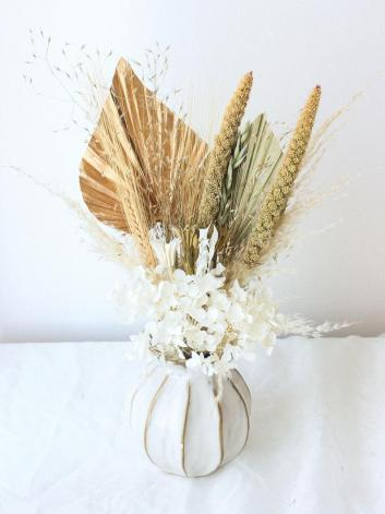 Palm Spear Dried flowers bunch includes vase