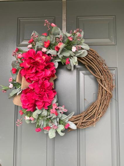 Red hydrangea summer wreath