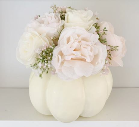Shabby chic flower arrangement