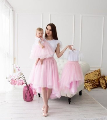 Spring outfit mother and daughter