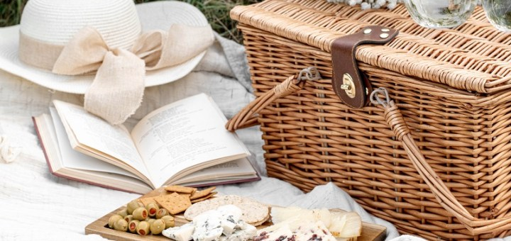 The most affordable picnic basket and hampers for grab and go