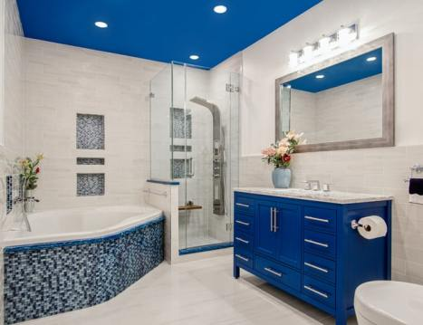 Ultramodern bathroom decor