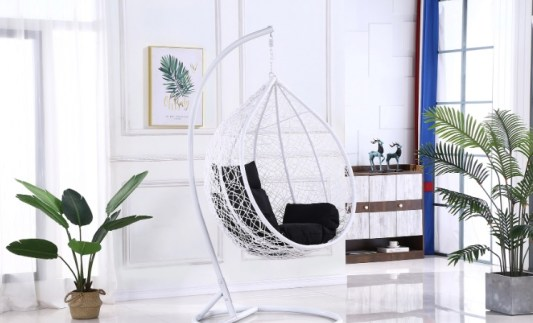 luxury swinging chair.