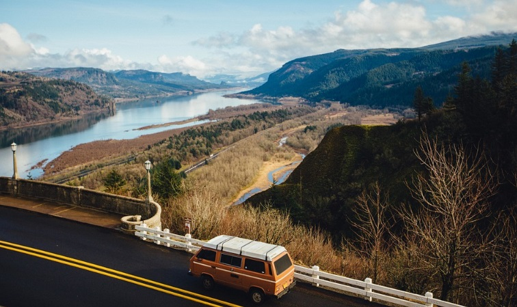 Road trip around the world. If you always wanted to visit the world but you never had the chance to do so, is time to pack your travel bags and hit the road. Many places are waiting for you to discover them.