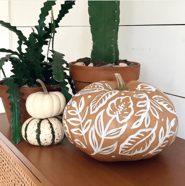 rustic fall pumpkin decor