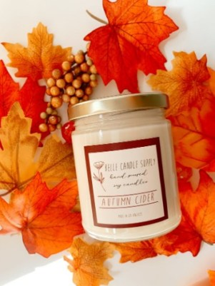 Warm spices scented candle