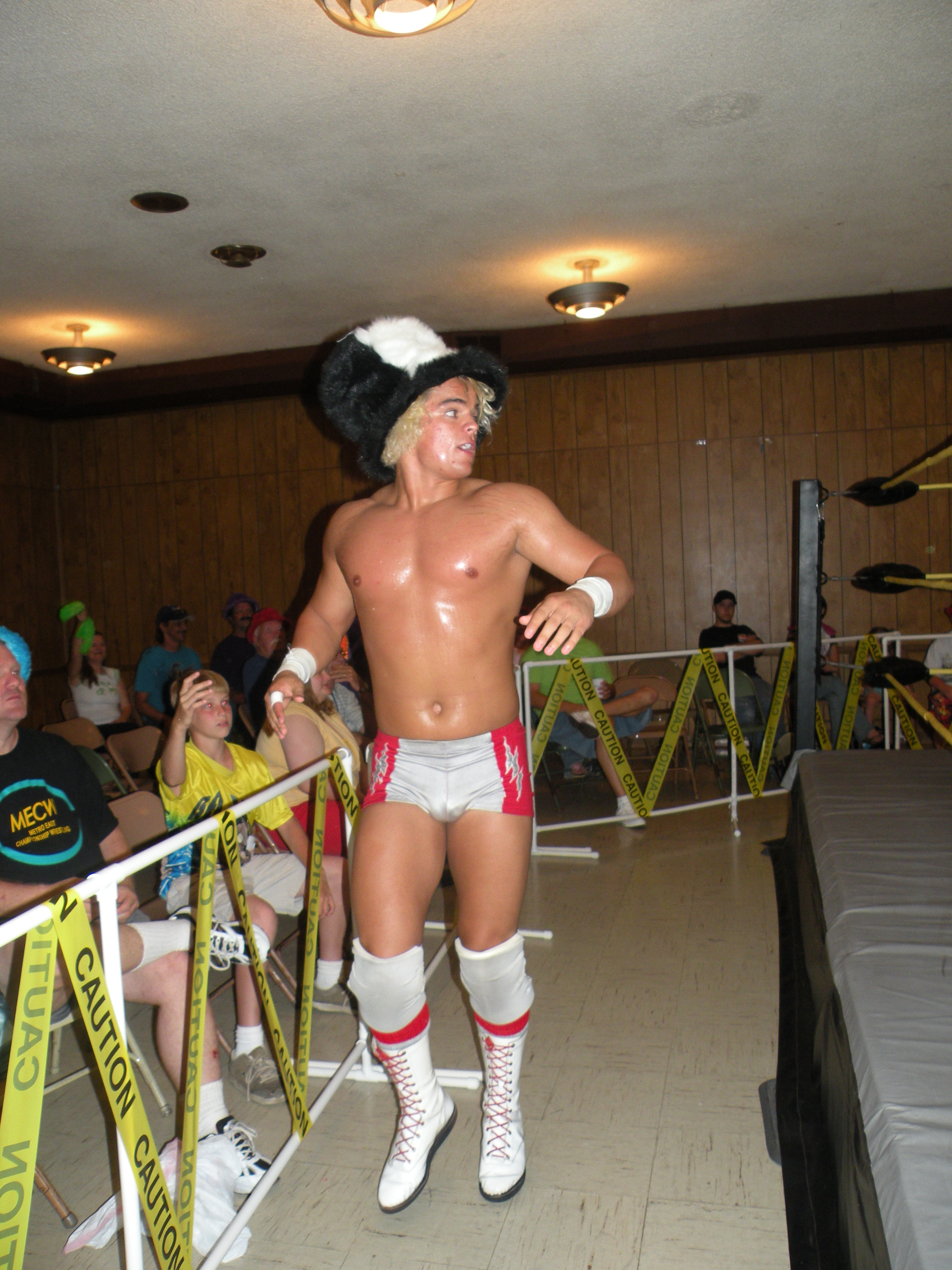 "Rising superstar Juice Robinson electrifies MECW. (Photo Credit Brian ""Flair"" Kelley)"