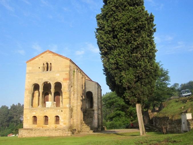 ta Maria del Naranco, 9th century