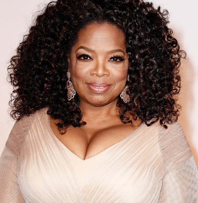 You won't believe why Oprah Winfrey left money all over hotel room