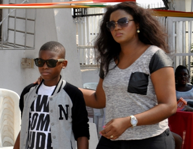 Savage! Read the note Omotola son left her on Mother's Day