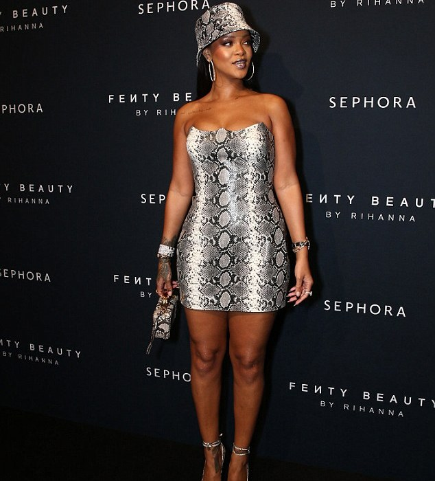 Rihanna stuns in head-to-toe snakeskin outfit