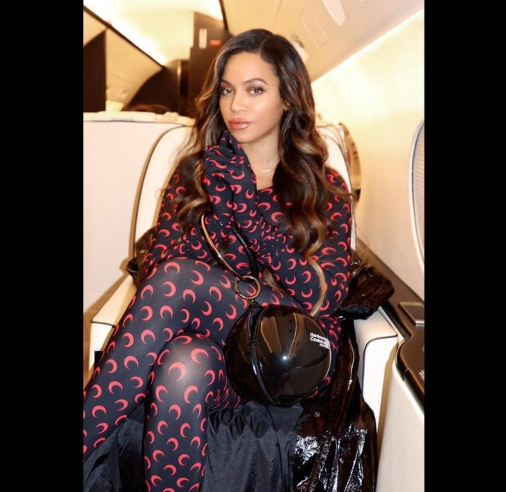 Beyonce sits pretty in a private jet