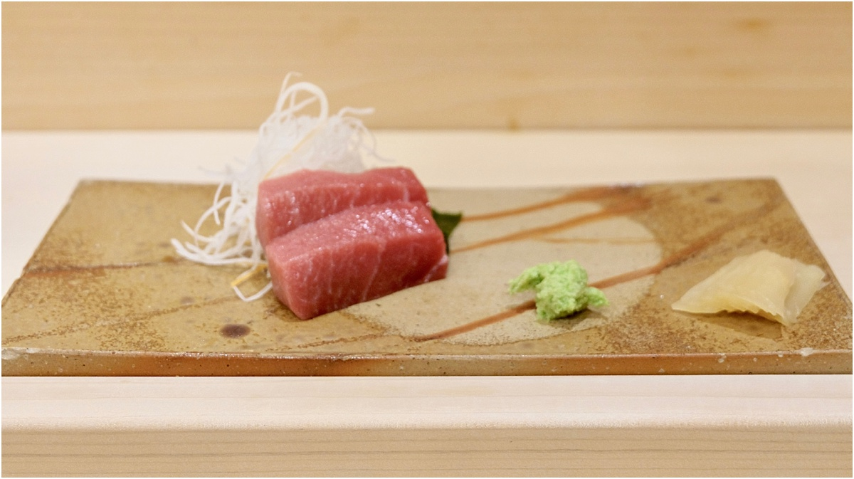 O-toro Sashimi - The best dinner of my life at Ginza Onodera Honolulu - Written by Lara Olivia Miss Portmanteau - Club Elsewhere - The World's Travel Diary edited by Rosie Bell