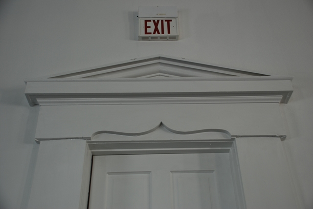Doorway cornice, Carroll County Courthouse (1878), Carrollton