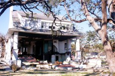 988 W Beach Biloxi Harrison County from MDAH mshistorynow accessed 8-24-2014