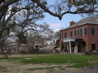 PascagoulaBeachBlvd from http://www.mississippiheritage.com/HurricaneKatrina.html accessed 8-24-2014